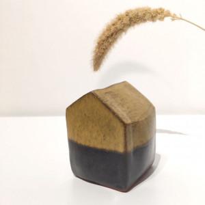 Petite maison en céramique